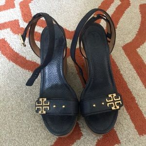 Tory Burch Navy and Gold Wedges